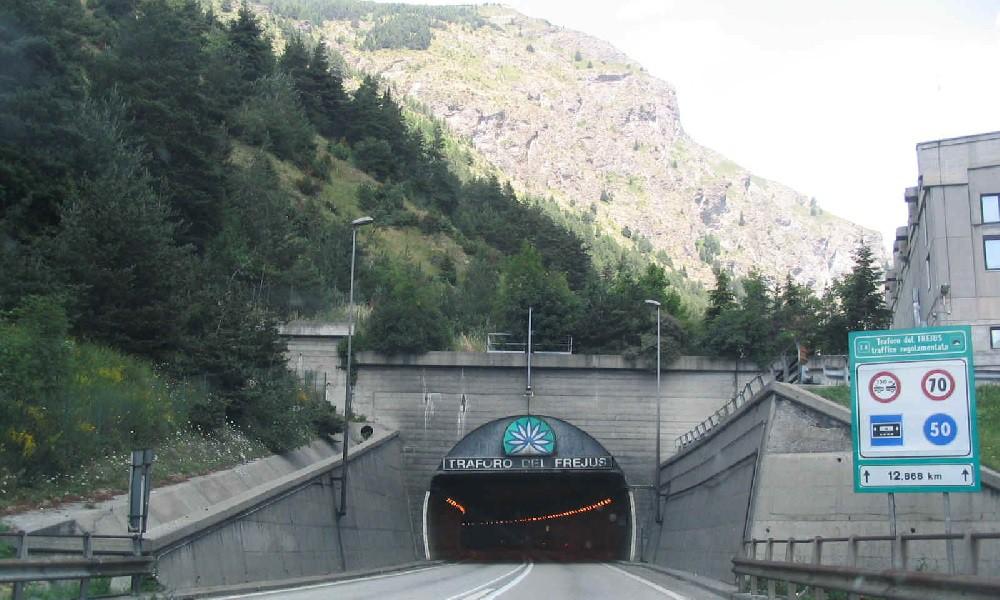 Tunnel-del-Frejus 1000